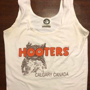 Used Hooters Calgary Small Tank